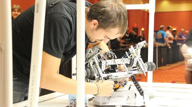 Робот своими руками. Как сделать робота